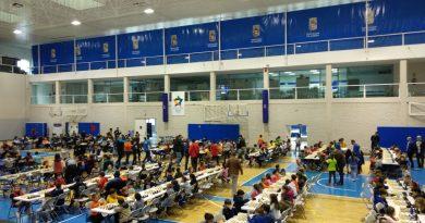 400 participantes en la primera sede del Circuito Escolar de ajedrez 2020 en el pabellón Moisés Ruiz de Almería.